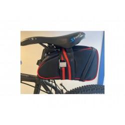 sacoche installée pour kit vélo électrique